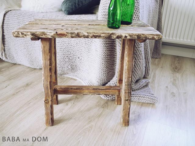 postarzany stołek