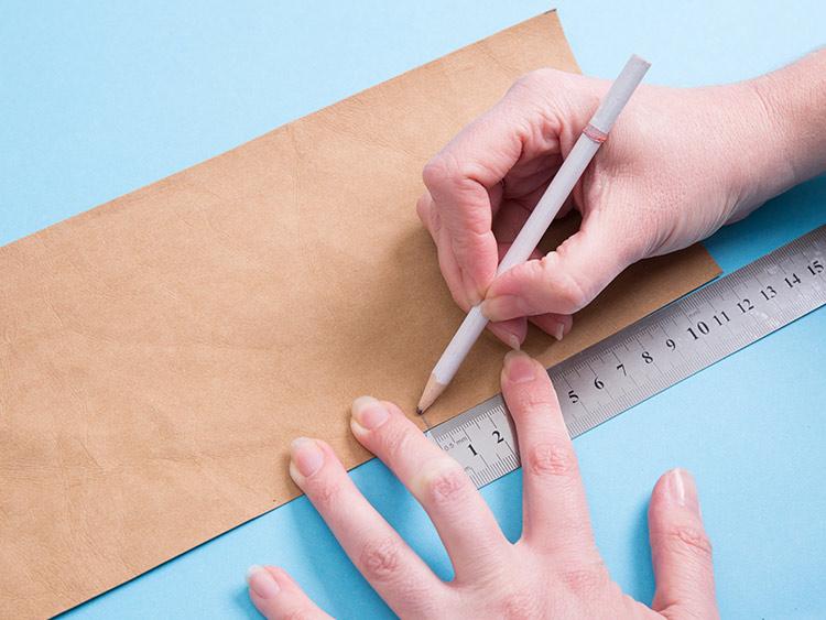 Odmierzanie materiałów - osłonka na doniczkę DIY krok po kroku