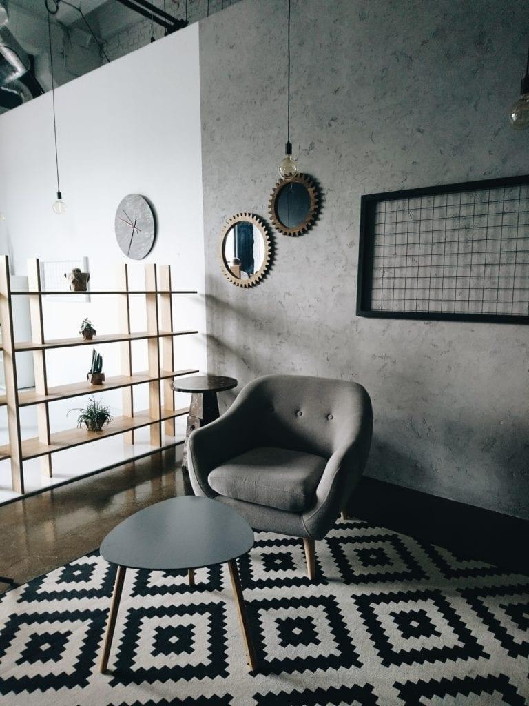 dywan czarno-biały