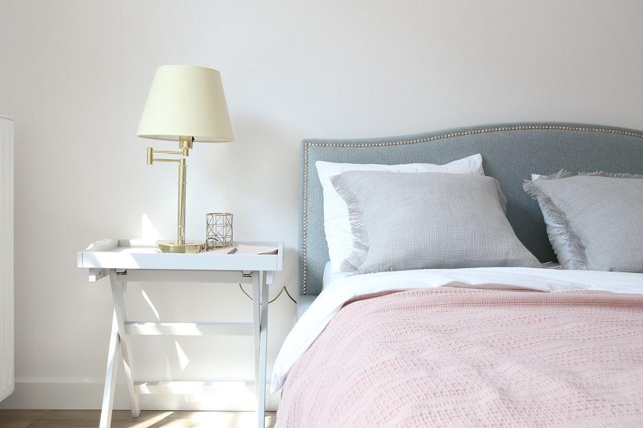 dodatki do nowoczesnej sypialni