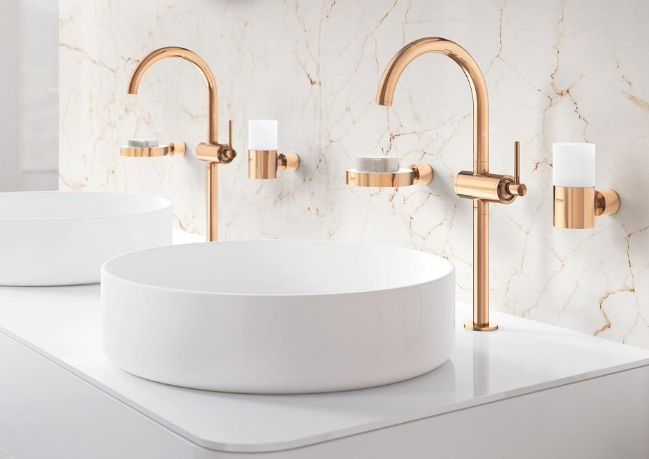 łazienka z podwójną umywalką