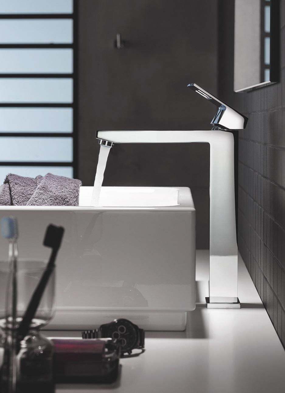 loftowe wyposażenie łazienki