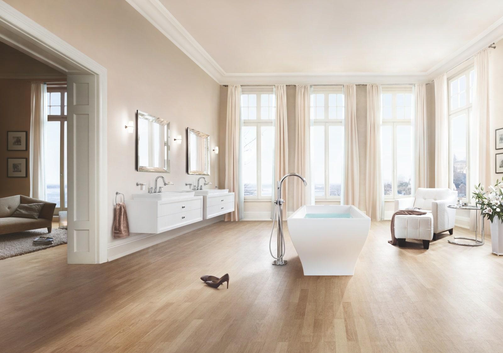 Łazienka z eleganckim wyposażeniem