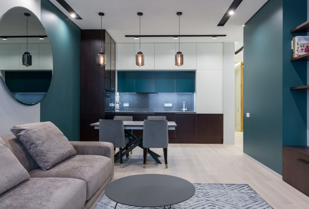Otwarta kuchnia w salonie