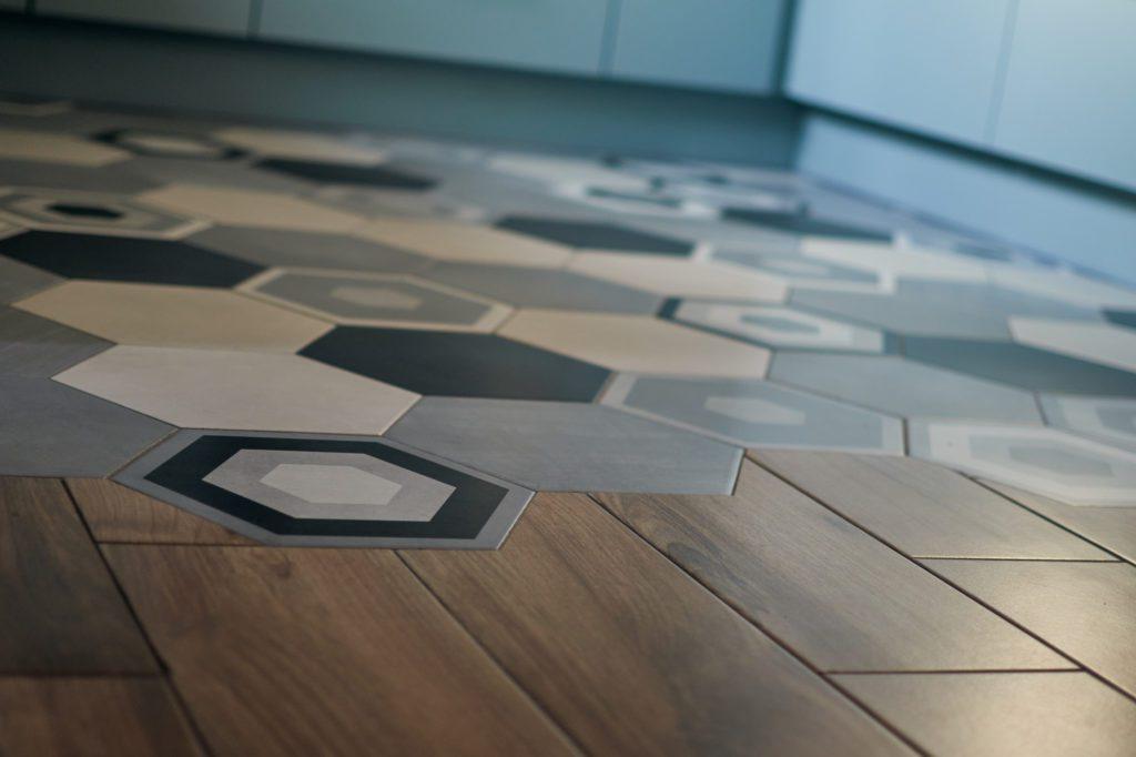 modna podłoga w kuchni