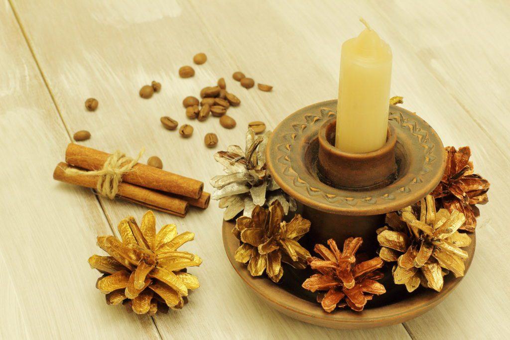 gliniane świeczniki